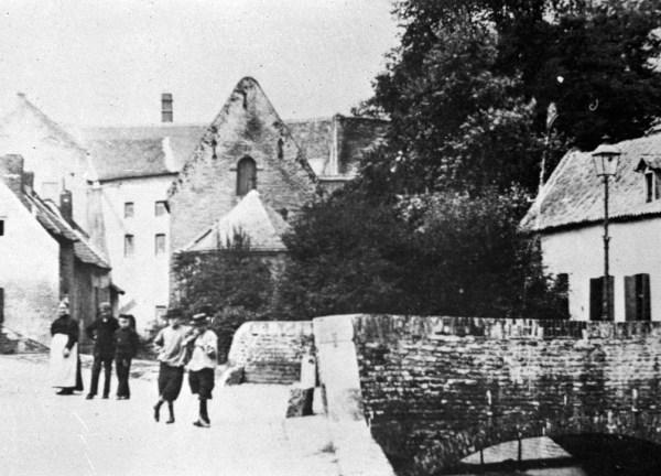 bosquetplein-1890-kloost-grauwzrs-molen-van-do