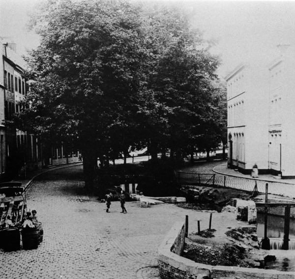 grote-looierstraat-met-jeker-2-1899