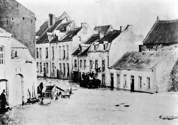 st-pieterstraat-overstroming-1882